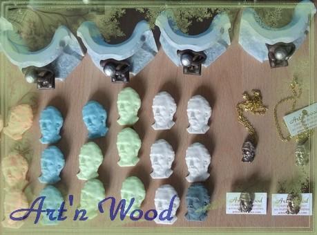 produits dérivés du Patrimoine culturel, folklore et artisanat d`art, Van Gogh, Petit Singe de Mons, office de tourisme, cadeau, souvenir, personnalisation, création sur-mesure - Art`n Wood