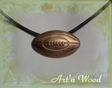 bijou pendentif collier pour homme ballon de rugby en bronze massif doré, sport, cadeau, personnalisé, luxueux et viril - Art`n Wood: bijoux de créateur, sculptures et cadeaux d`art