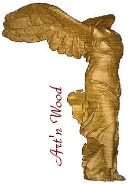 création d`un bijou sur demande: longues boucles d`oreille en bois de rose illustrant la Victoire de Samothrace - Art`n Wood, sculptrice, artisan d`art, créatrice de bijoux artisanaux sur-mesure