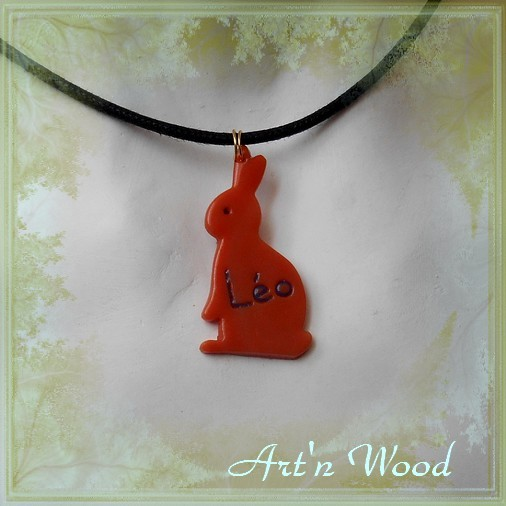 Bijoux artisanaux inspirés par les lapins, Art'n Wood, sculptrice, artisan d'art, créatrice de sculptures, bijoux et cadeaux sur mesure en matières naturelles