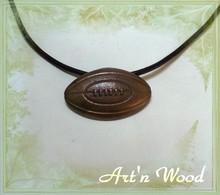 bijou ballon de rugby bronze doré, pendentif, cadeau pour sportif rugbyman