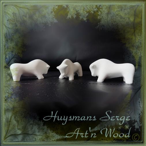Sculpture animalière miniature Taureau, 1er Combat, Serge Huysmans, sculpteur figuratif contemporain